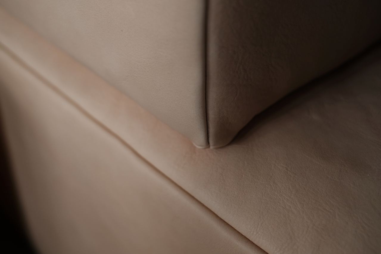 sofa | HLF | HIDA Leather®